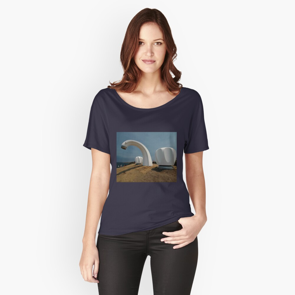 Big Tap @ Sculptures By The Sea, Australia 2011 Women's Relaxed Fit T-Shirt Front