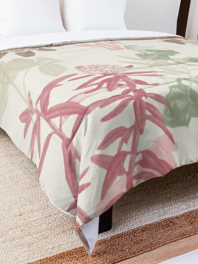 Alternate view of Floral Vintage Comforter
