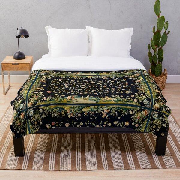 Dark vintage floral Throw Blanket
