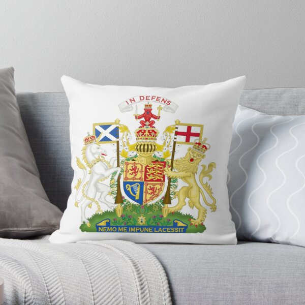 Royal Coat of Arms of United Kingdom (Scotland) Throw Pillow