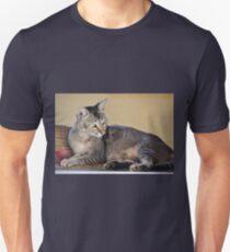 cute cat Unisex T-Shirt