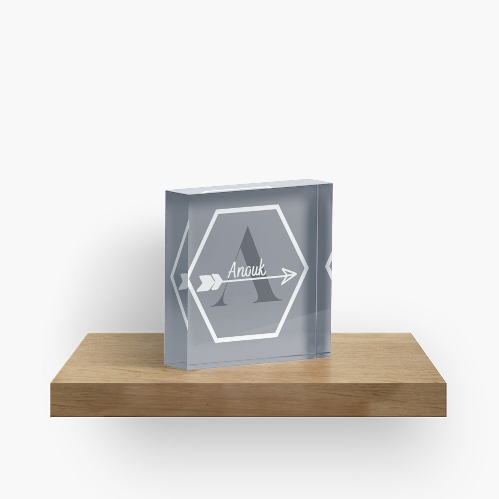 Anouk Acrylic Block