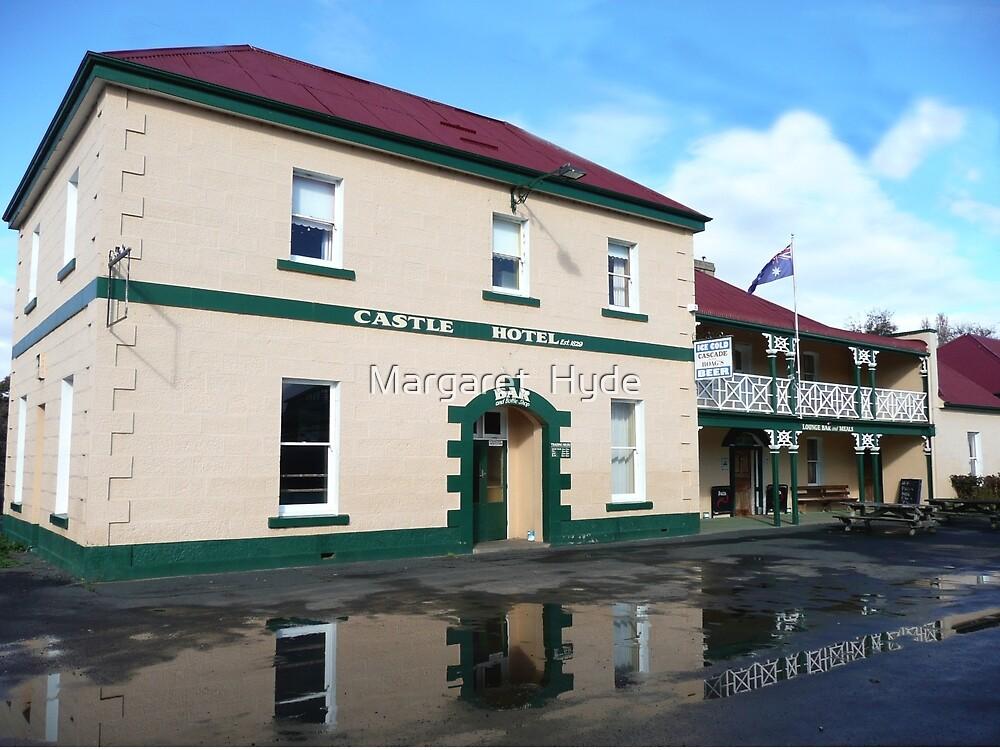Castle Hotel, Bothwell, Tasmania by Margaret  Hyde