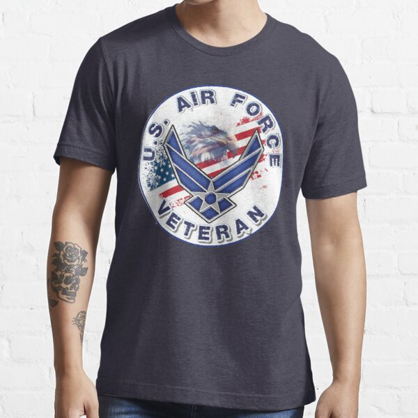 U.S. Air Force Veteran with Flag and Eagle. Essential T-Shirt