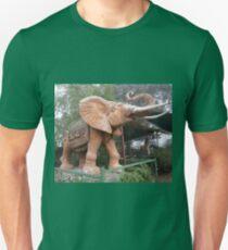 Elephant Sculpture, Nimmitabel, Australia 2011 Unisex T-Shirt