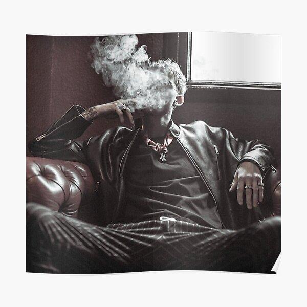 kellys smoke pose Poster