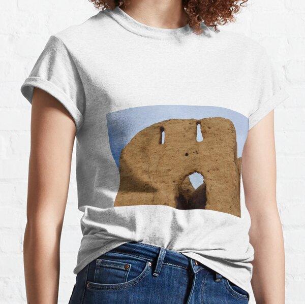 Kishi Kos Asar settlement Classic T-Shirt