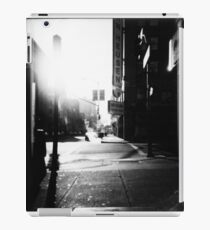 dreaming ties all mankind together iPad Case/Skin