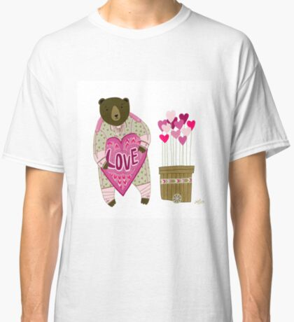 Bear with loveheart Classic T-Shirt