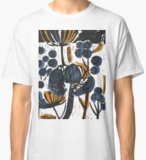 Natural Form Relief Print Classic T-Shirt