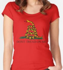 Die Gadsden-Flagge Tailliertes Rundhals-Shirt