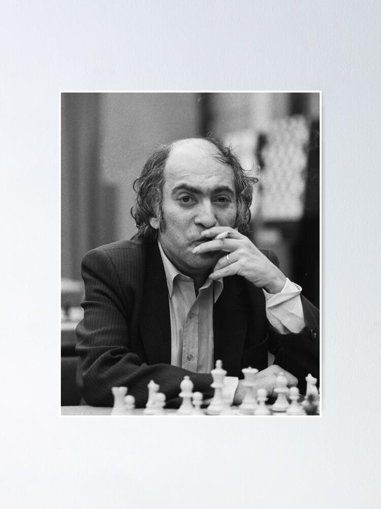 Alternate view of Bobby fischer smooking Poster