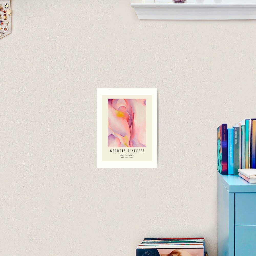 Poster-Georgia O'Keeffe-From Pink shell. Art Print