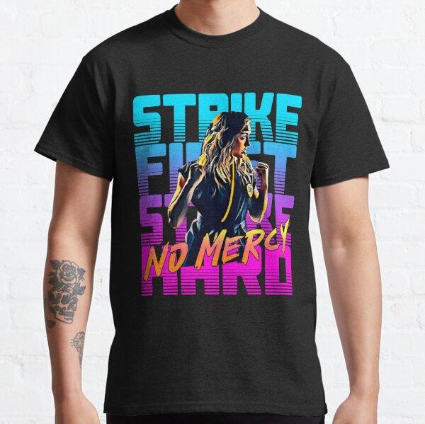 Cobra kai 2021 fille de karaté T-shirt classique