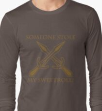 Riften - Someone Stole My Sweetroll! Long Sleeve T-Shirt