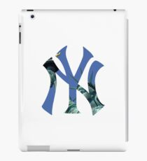 New York Yankees Statue Logo iPad Case/Skin