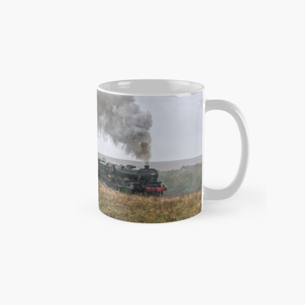 LMS Black 5 Number 5828 on a Misty Day on the Moor Classic Mug