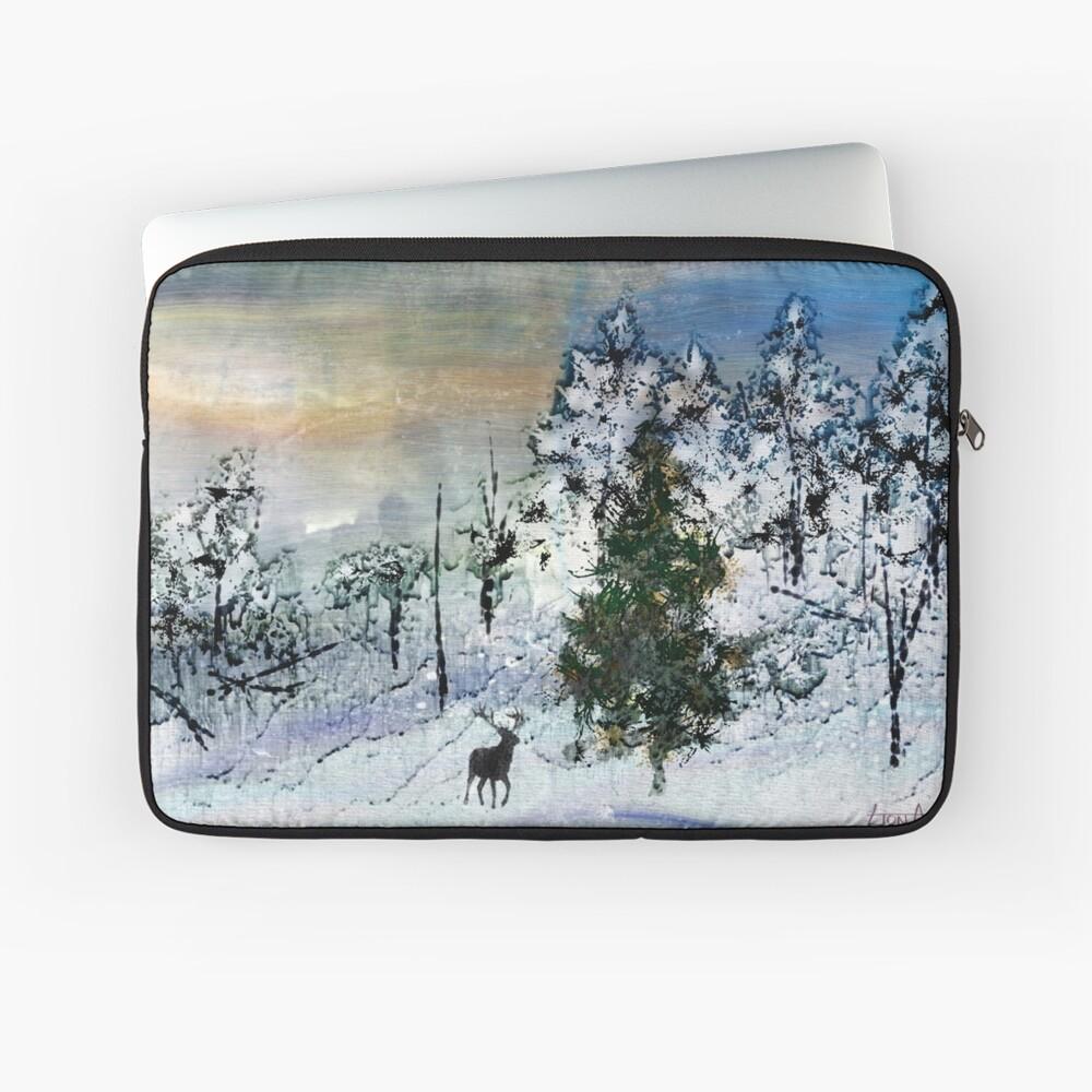 Deer in the snow... Laptop Sleeve
