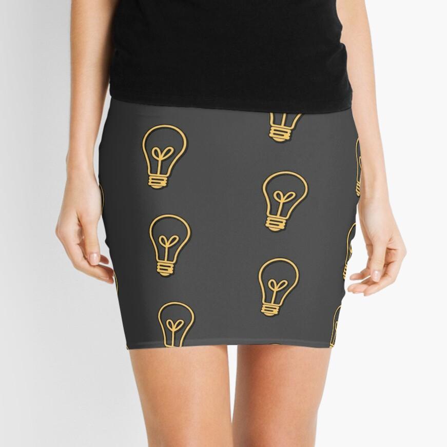 Logical Idiots v1, v2, v3 - El foco original Minifalda