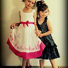 Portrait -  Sisters von Evita
