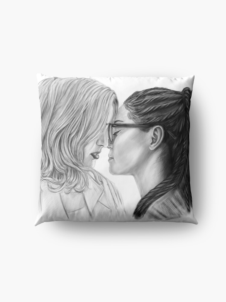 Alternate view of Cophine Colombia Floor Pillow