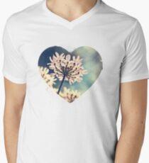 Queen Annes Lace flowers Men's V-Neck T-Shirt