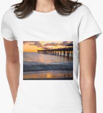 Juno Pier Women's Fitted T-Shirt