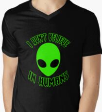 ♥♥♥ I DON'T BELIEVE IN HUMANS ♥♥♥ T-Shirt