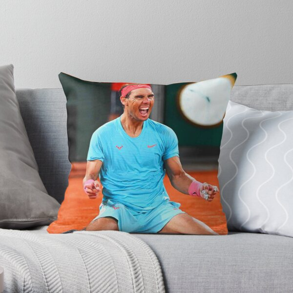 Rafael Nadal célèbre sa victoire Coussin