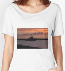 Tugging Along At Sunset Women's Relaxed Fit T-Shirt