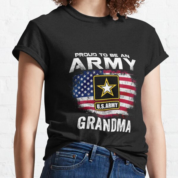 Proud Army Grandmother Gift US Flag Dog Tag Military Grandma T-Shirt Funny Gift