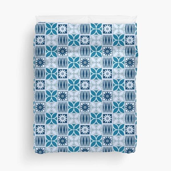 Pasifika Marawalesi Pattern - Blue Flowers Duvet Cover
