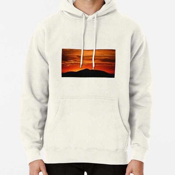 Fire smoke sunset, Mt. Feathertop Pullover Hoodie