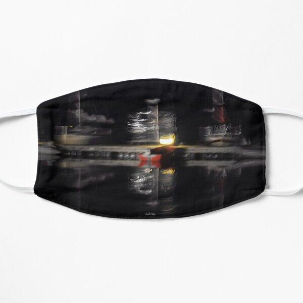 Photographie abstraite bateaux au quai la nuit Masque sans plis