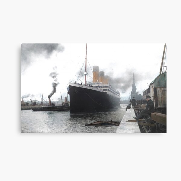 Titanic prepares to leave port, 1912 Metal Print