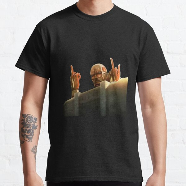 Colossal Titan Attack on Titans (SnK) Funny Design Classic T-Shirt