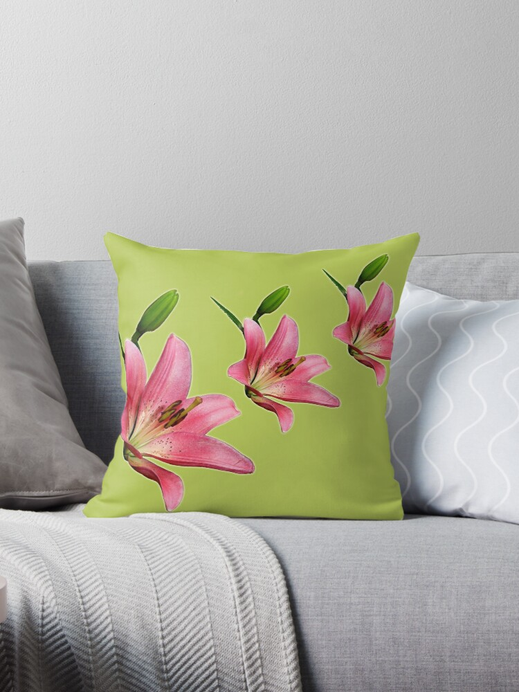 Lilies by Maree Toogood