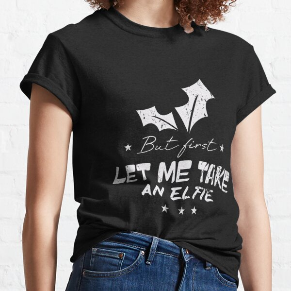 But First Let Me Take An Elfie Vintage Christmas Classic T-Shirt