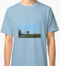 GLIMPSES OF MELBOURNE CITY FROM ELWOOD BEACH Classic T-Shirt
