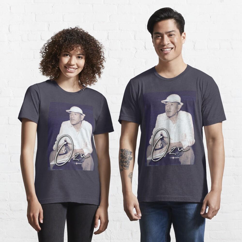 OZU / Japanese Master of Cinema Essential T-Shirt
