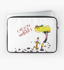 Playing with best friend Calvin and Hobbes Laptop Sleeve
