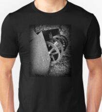 Farm Machinery | BNW | Black and White | Agricultural Unisex T-Shirt