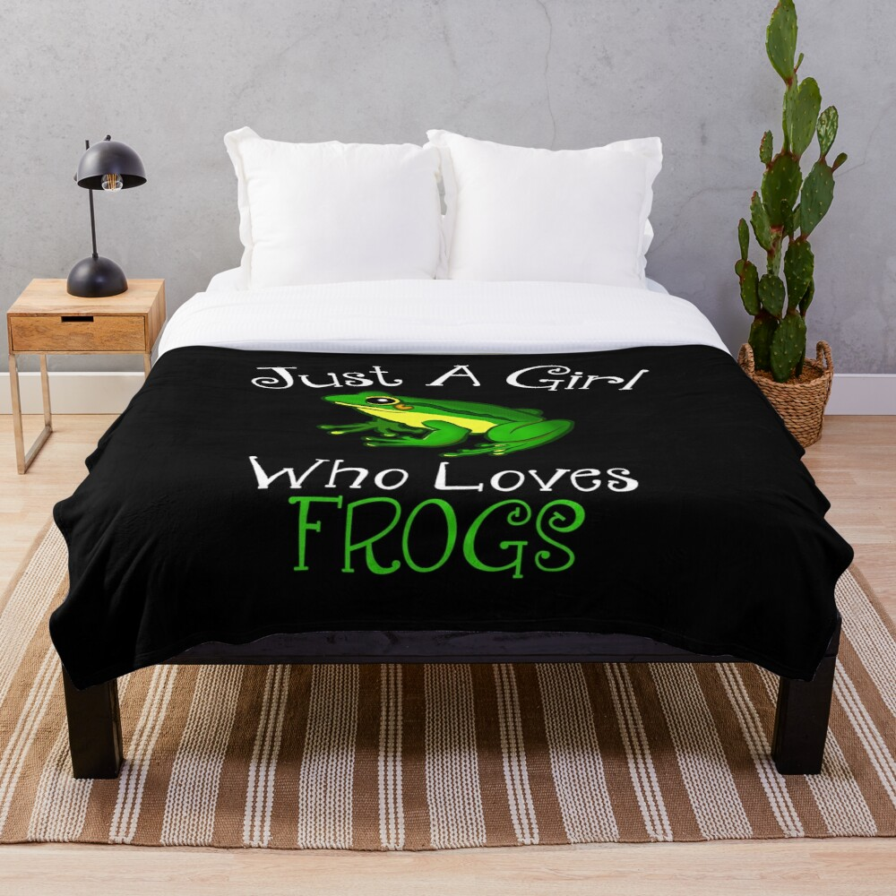 Just A Girl Who Loves Frogs Throw Blanket