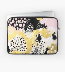 Simone - abstract painting gold foil trendy hipster pastel pink modern trendy colors decor college Laptop Sleeve