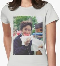 Araki eating a donut Women's Fitted T-Shirt
