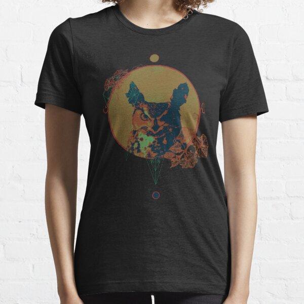 Owl Pumpkin Halloween  Essential T-Shirt