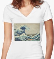 Vintage poster - The Great Wave Off Kanagawa Women's Fitted V-Neck T-Shirt