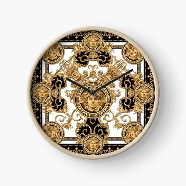 Baroque décoratif de luxe avec tête de méduse Horloge