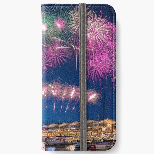 Gunwharf Quays Fireworks iPhone Wallet