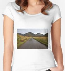 Wasdale Women's Fitted Scoop T-Shirt